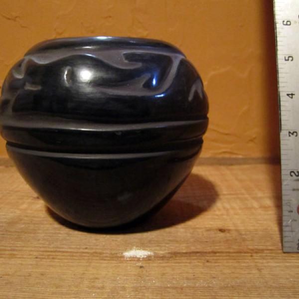 Small Santa Clara Carved Pot