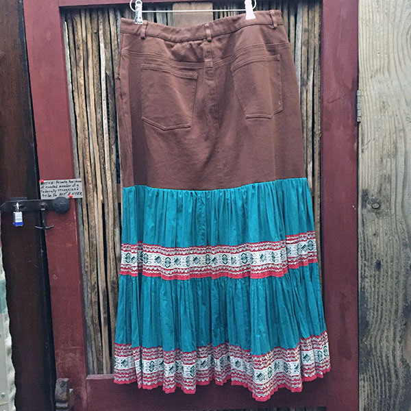1940s Fiesta Skirt On Denim Top 7
