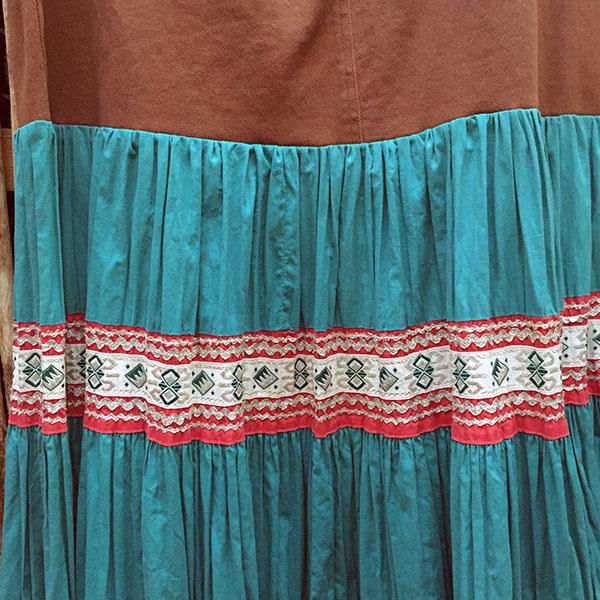 1940s Fiesta Skirt On Denim Top 9