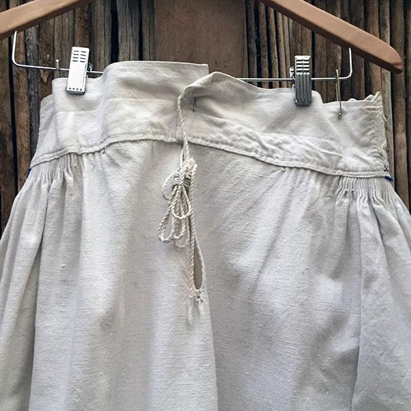 Vintage Eastern European Skirt 13