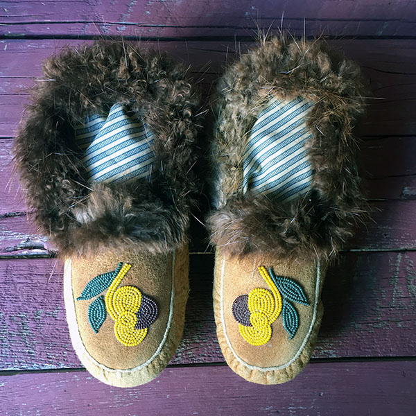 Plains Cree Braintanned Moosehide Moccasins, Beaver Fur